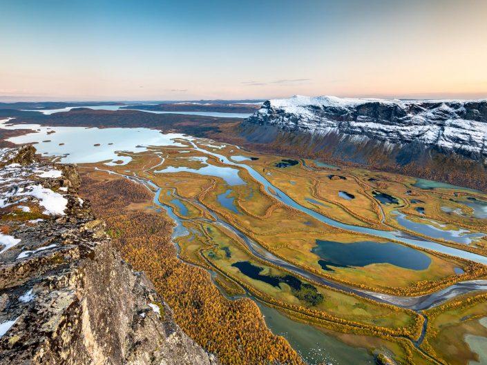 Flussdelta, Rapadalen, Herbst, Sarek Nationalpark