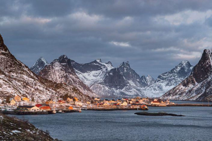 Fischerort Reine auf den Lofoten