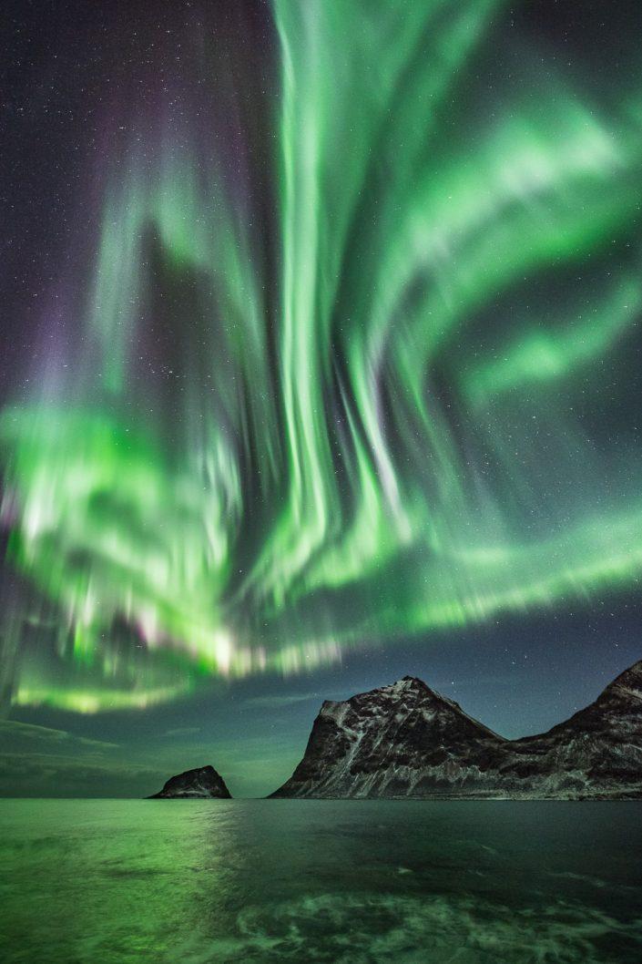 tanzendes Nordlicht auf den Lofoten