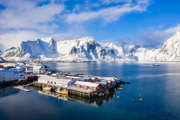 Fischerort Reine im Winter, Lofoten, Norwegen